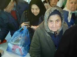 O familie care s-a rãtãcit în Bucegi a fost recuperatã de salvamontişti.
