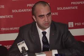 PSD Tîrgu-Mureş cere demisia inspectorului şcolar general, Dumitru Matei, pe care îl acuză că a înlocuit directori pe criterii politice.