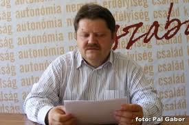 PCM salută înfiinţarea Partidului Popular Maghiar din Transilvania şi speră să formeze împreună un pol politic maghiar de dreapta .