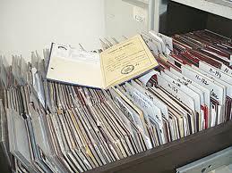 """Peste 650 de angajatori mureşeni au """"uitat"""" că trebuie să ridice carnetele de muncă ale angajaţilor lor, de la ITM."""