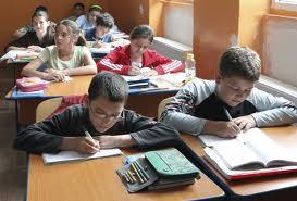 Consiliul local Sfântu Gheorghe a decis marţi să mărească cuantumul burselor de excelenţă pe care le acordă anual celor mai merituoşi elevi din municipiu.