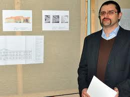 Fostul director al Bibliotecii Judeţene din Sfântu Gheorghe, Szonda Szabolcs, va fi repus în funcţie în urma câştigării concursului organizat miercuri  de Consiliul Judeţean Covasna.
