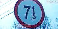 În localitatea braşoveană Hoghiz s-au impus restricţii camioanelor grele.