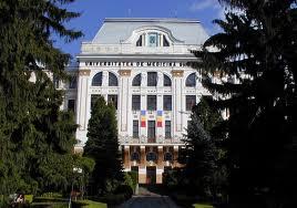 """Separarea pe secţii a Universităţii de Medicină şi Farmacie din Târgu-Mureş trebuie făcută şi """"nu este la cheremul Senatului universităţii"""", a declarat ministrul Borbely Laszlo."""