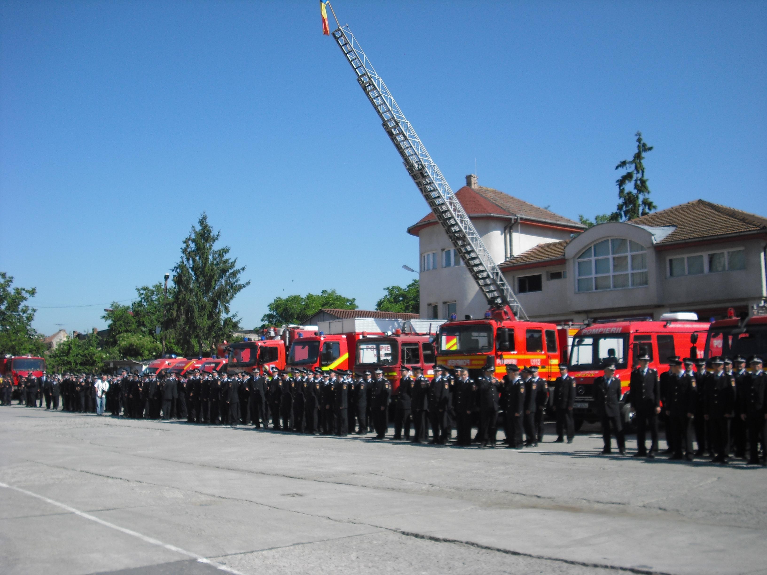 """Colonelul Dorin Oltean a preluat, astăzi, oficial comanda Inspectoratului pentru Situaţii de Urgenţă """"Horea"""" al judeţului Mureş."""
