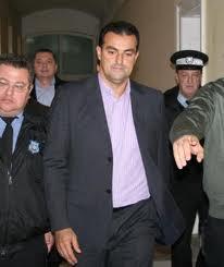Magistraţii instanţei supreme vor judeca, astăzi, recursurile primarului municipiului Cluj-Napoca, Sorin Apostu, şi al omului de afaceri Călin Stoia, faţă de arestarea preventivă