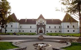 Cetatea Miko din Miercurea Ciuc, care adăposteşte Muzeul Secuiesc al Ciucului,  are de câteva zile un nou sistem de încălzire