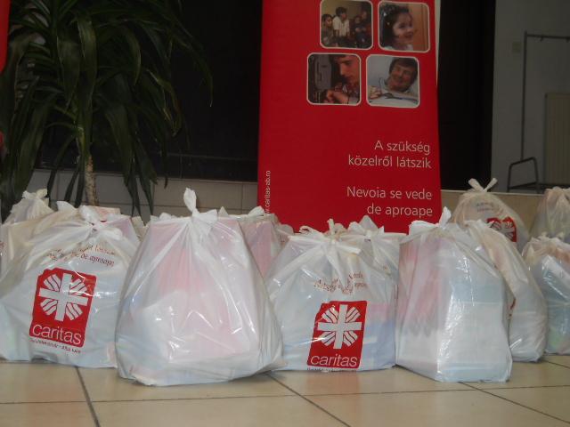 130 de nevoiaşi din judeţul Mureş vor primi de la Caritas pachete cu alimente, în următoarele zile.