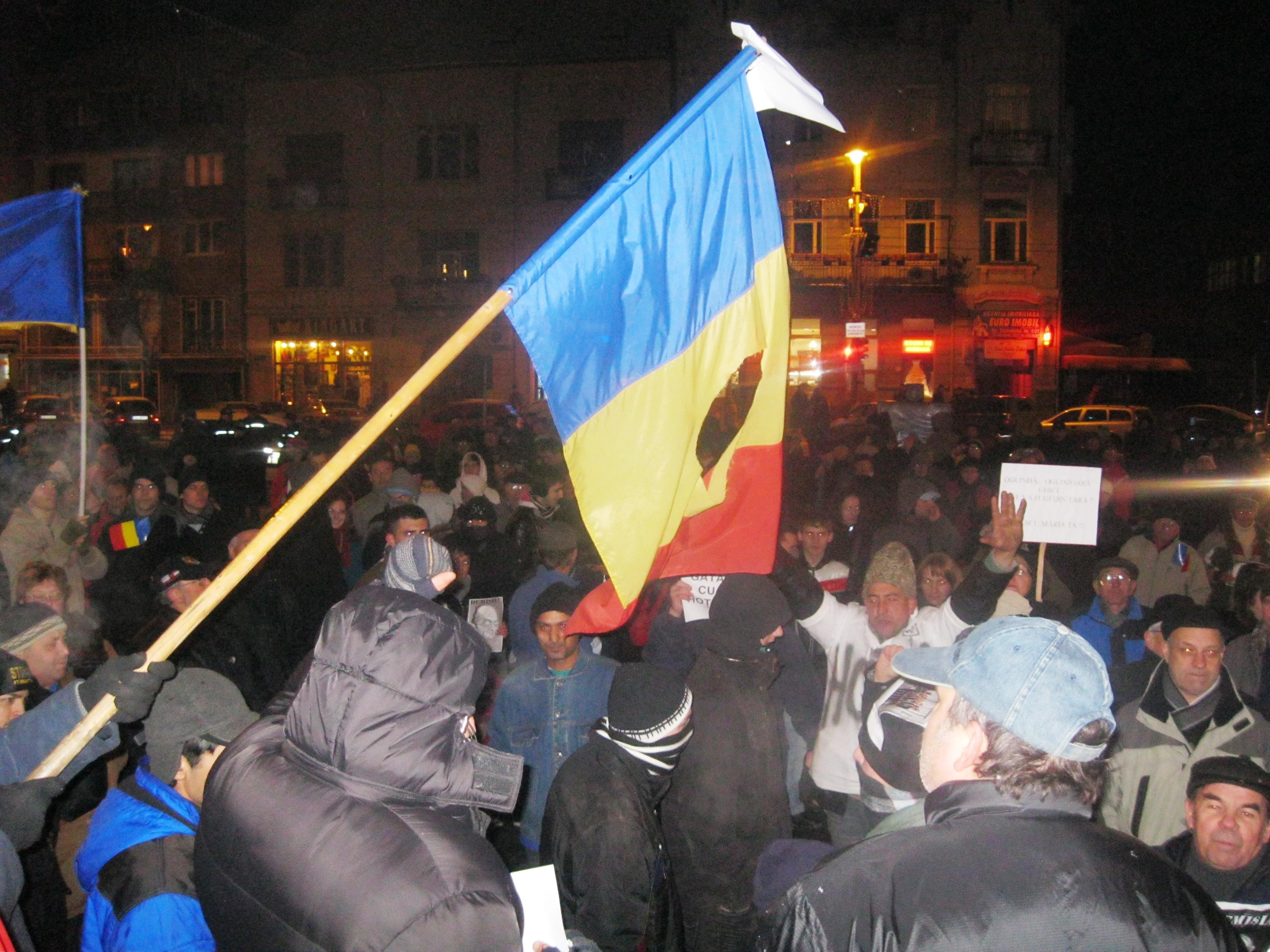 Demonstraţiile de la Tg Mureş au ajuns în ziua a cincea !