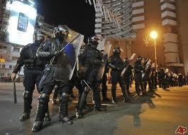 Jandarmeria şi Poliţia nu vor interveni în forţă în Piaţa Universităţii.