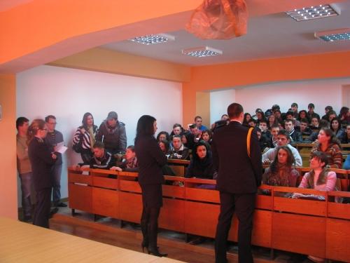 Penitenciarul Codlea organizează întâlniri cu elevii de clasa a XII-a.