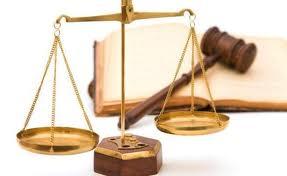 Conducerea Camerei Notarilor Publici din Târgu Mureş nu-l consideră vinovat pe notarul reclamat pentru neglijenţă în serviciu.