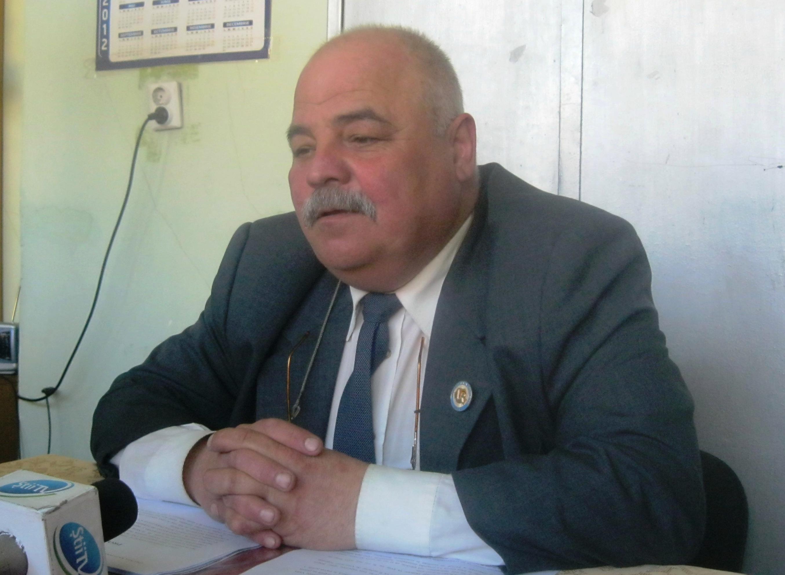 La Liceul Bolyai şi la Universitatea Sapientia din Tg.Mureş ar trebui înfiinţate secţii de predare în limba română.