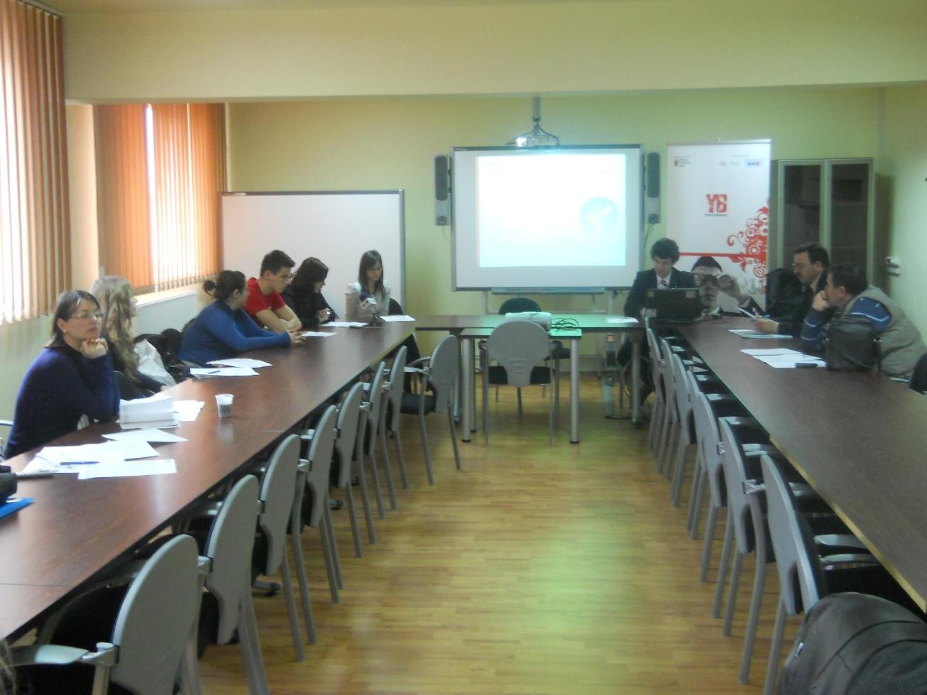 10 proiecte pentru tineri finanţate în Mureş.