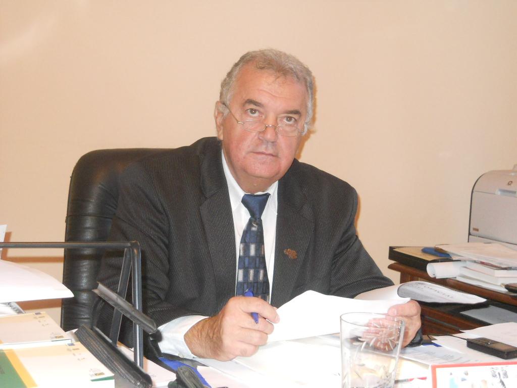 UMF Tg.Mureş salută anularea HG privind separarea Universităţii.
