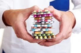 Taxa de clawback pune în pericol producătorii de medicamente.