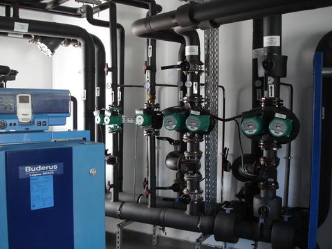 Compania ungară de furnizare a energiei regenerabile E-Star, care deţine câteve reţele de energie termică în România, şi-a revizuit proiectele demarate în ţara noastră