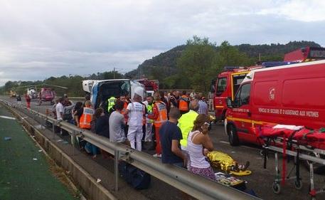 Un român a decedat în accidentul din Franţa