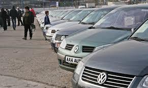 Guvernul va reglementa în prima sa şedinţă de anul acesta situaţia taxei auto
