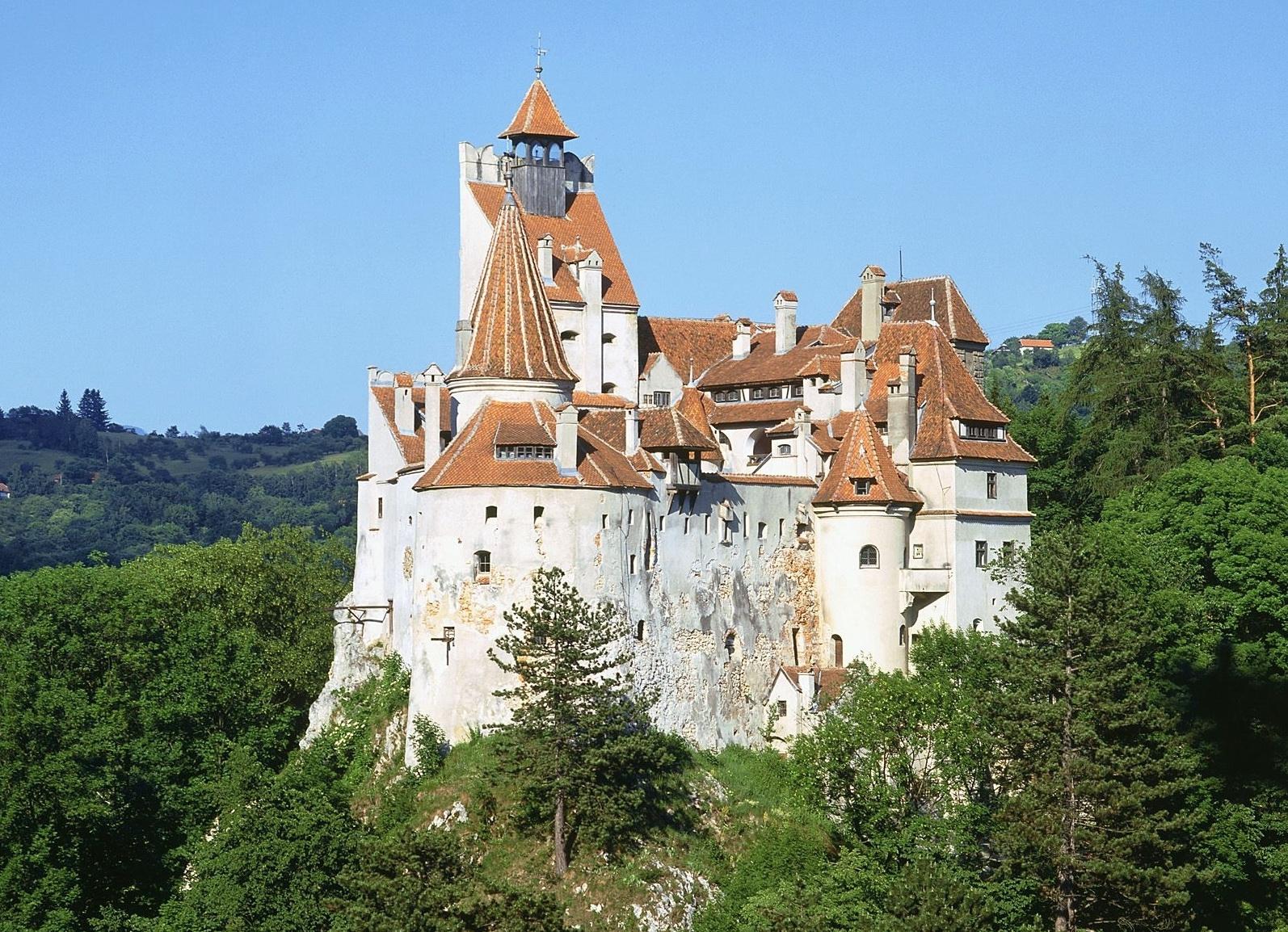 Castelul Bran îşi deschide, mâine,  porţile pentru toţi copiii