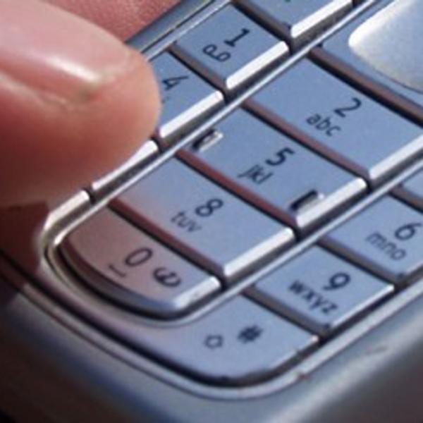 Înşelăciune prin intermediul telefonului mobil în Harghita