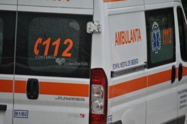 Weekend fierbinte pentru medicii şi pompierii mureşeni