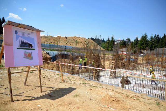 În Poiana Brașov se construiește un centru de agrement
