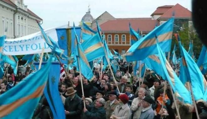 Patru  mii de persoane din Harghita la marşul pentru autonomie