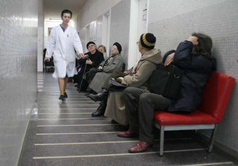 Programul de evaluare a stării de sănătate a populaţiei din Harghita continuă astăzi în municipiul Topliţa