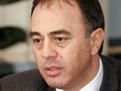 Primarul Dorin Florea acuză liderii UDMR că au intervenit pentru ca Târgu-Mureşul să nu primească Sala Polivalentă şi Patinoarul Artificial