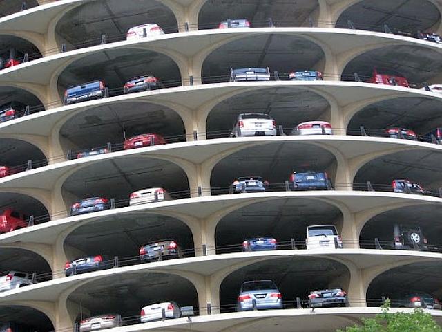 La Brașov se construiesc două parcări, cu fonduri europene