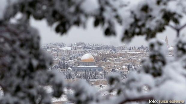 Ministerul Afacerilor Externe informează cetăţenii români care doresc să călătorească pe teritoriul Israelului că traseele principale care asigură accesul spre Ierusalim sunt închise circulaţiei ca urmare a ninsorii continue