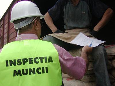 Aproape 100 de persoane din Harghita au fost identificate anul trecut că lucrează fără forme legale de angajare