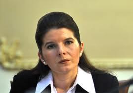 Curtea Supremă a amânat pentru 16 ianuarie judecarea unui nou termen în dosarul de corupţie al fostului ministru al Tineretului şi Sportului, Monica Iacob Ridzi