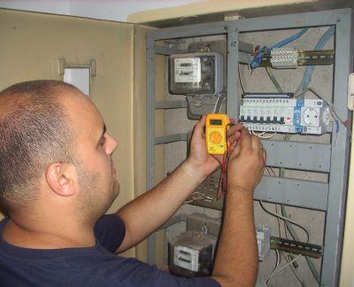 Apel făcut de pompieri pentru verificarea instalaţiilor