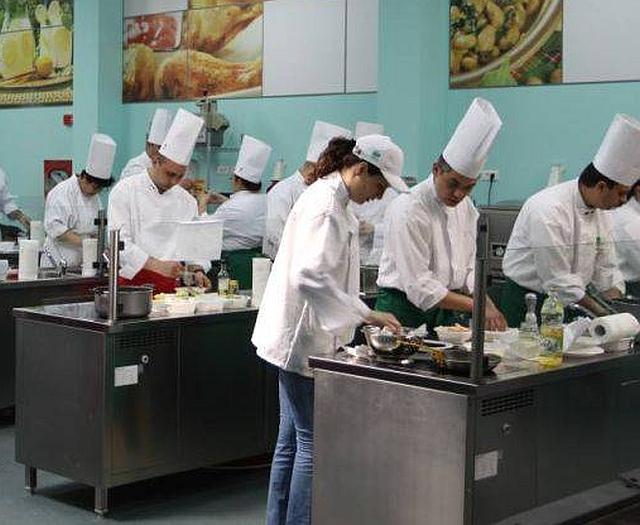 Municipiul Făgăraș va avea o școală profesională germană