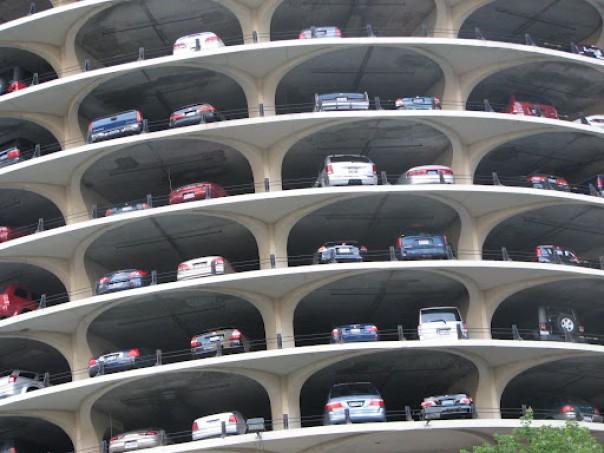 În Poiana Braşov va fi construită o parcare etajată cu peste 400 de locuri