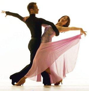 Doi tîrgumureşeni sunt noii campioni naţionali la dans sportiv, secţiunea latino