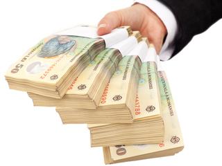 IMM-urile pot depune cereri pentru cinci programe de finanţare