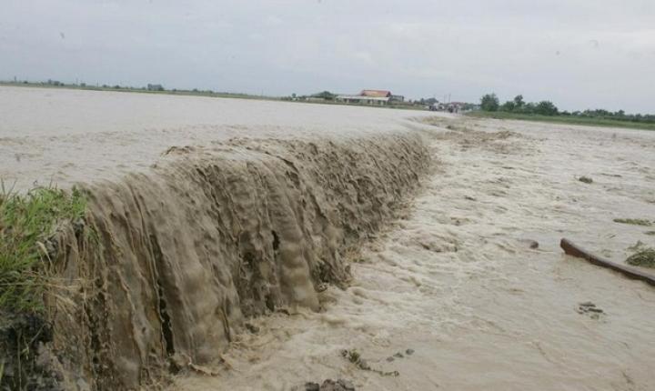 Inundaţii în Oltenia