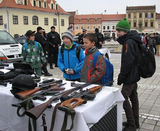 Ziua Poliției Române  va fi sărbătorită astăzi în Piața Sfatului din Brașov