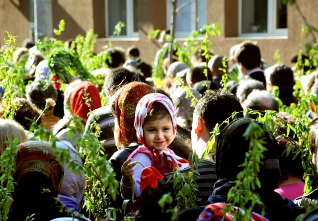 """Astăzi are loc un """"Pelerinaj de Florii"""" în centrul vechi al Braşovului"""