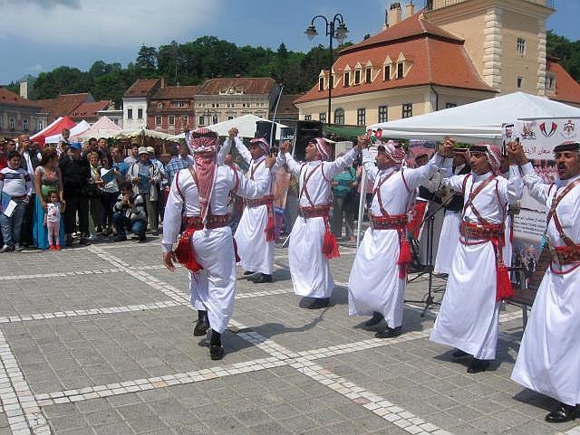 Un grup de folclor iordanian a vizitat Brașovul