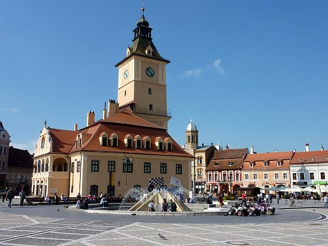 Piaţa Sfatului din Brașov intră în șantier