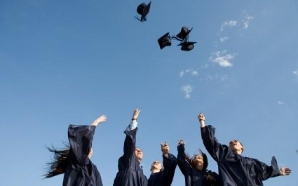 Aproximativ 40 de tineri de etnie romă din Harghita au terminat cursurile unei facultăţi în ultimii ani