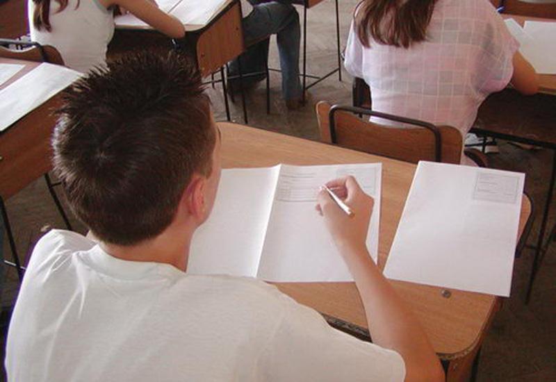 Absolvenţii clasei a VIII-a vor susţine astăzi prima probă scrisă din cadrul evaluării naţionale