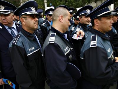 Poliţiştii anunţă că vor protesta mâine în parcul din faţa Ministerului de Interne