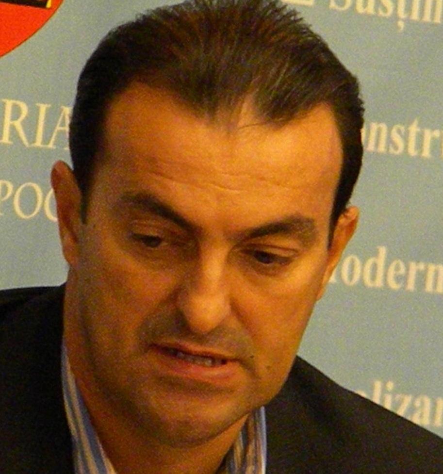 Fostul primar al Clujului, Sorin Apostu, va sta dupa gratii patru ani si jumatate
