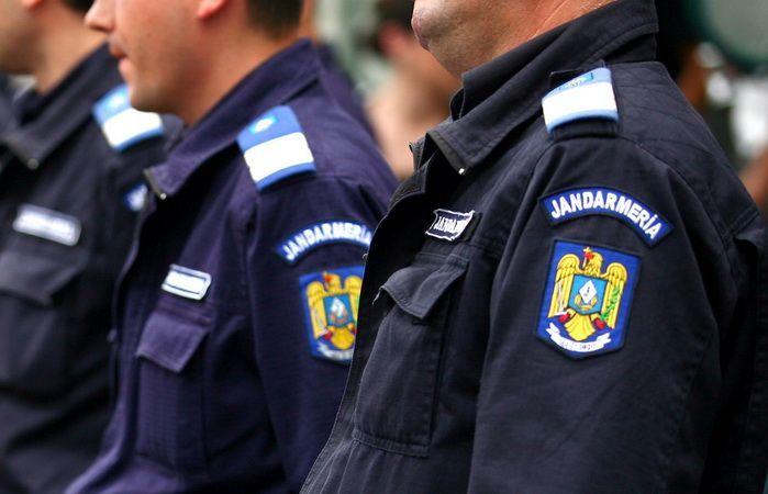 36 de jandarmi mureşeni vor fi avansaţi în grad