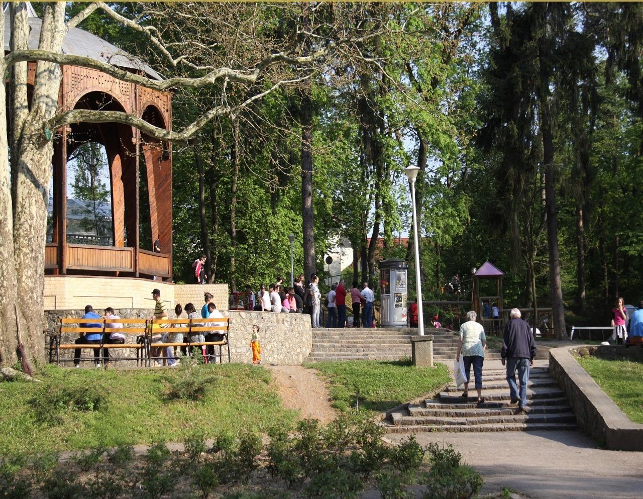 Cel mai mare și vechi parc din Sibiu găzduiește, începând de astăzi un festival cu proiecții de filme și activități recreative în aer liber